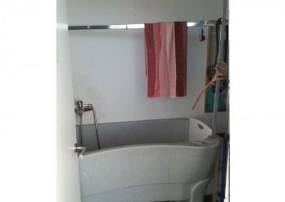 Friseurbereich für die Tiere und eine Möglichkeit sie zu baden.